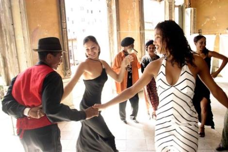 salsa_dance3_a5oz